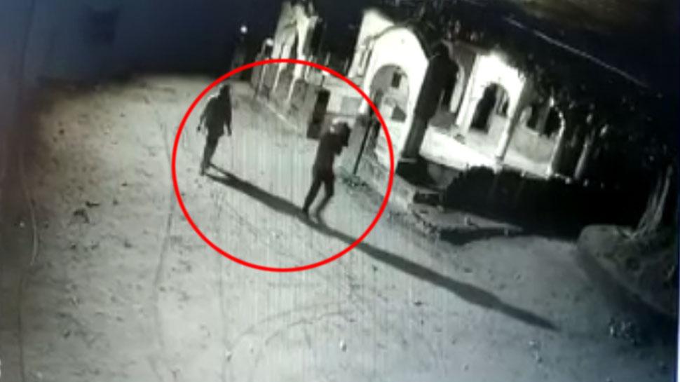 राजस्थान: मंदिर में चोरों ने किया हाथ साफ, मामले की जांच में जुटी पुलिस