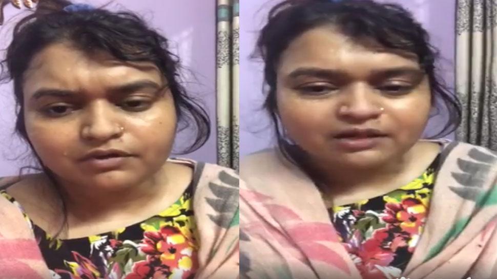 योगी के मंत्री पर पत्नी ने लगाया प्रताड़ना का आरोप, कहा- 'मारपीट कर जबरन घर से निकाला'