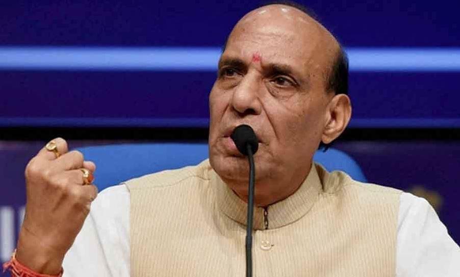 घुसपैठ की कोशिश पर PAK को रक्षामंत्री ने चेताया, कहा- 'हम उन्हें चैन से नहीं बैठने देंगे'