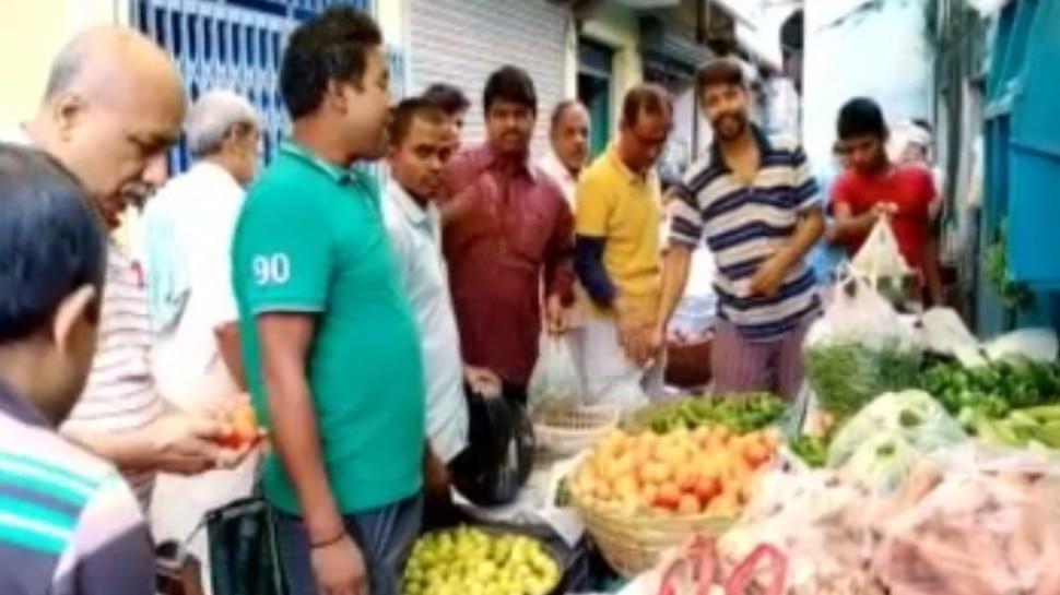 बिहार: भारी बारिश से डूब गए किसानों के खेत, पटना में महंगी हुई हरी सब्जी
