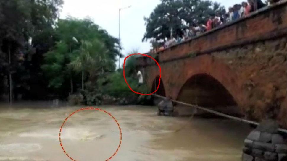 जहानाबाद: भारी बारिश से नदियां उफान पर, लेकिन स्टंट कर जिंदगी खतरे में डाल रहे लोग
