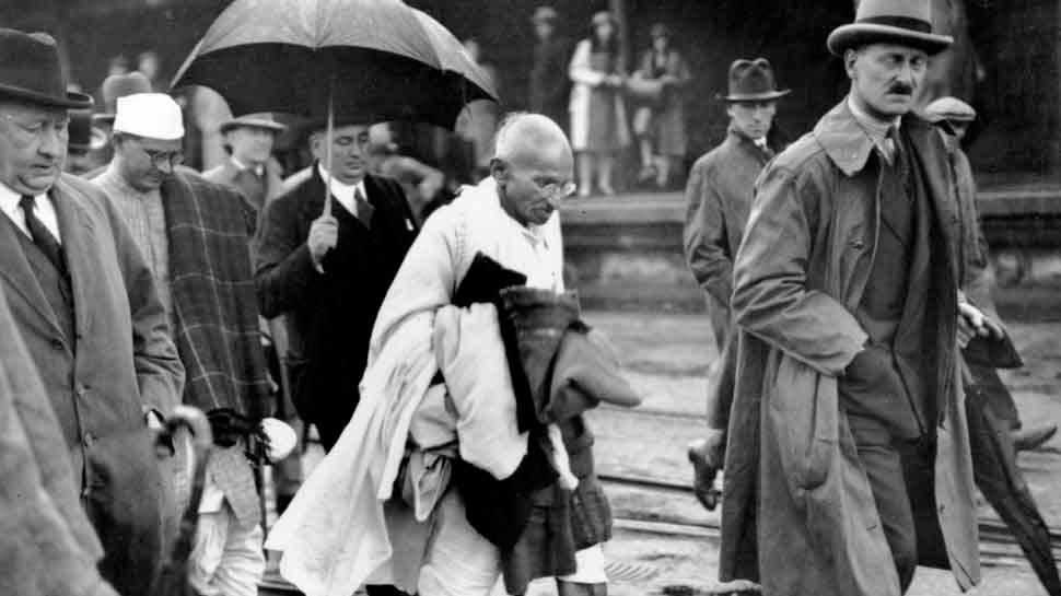 बापू से जुड़ी वो पांच चीजें, जिसकी मदद से पूरा हुआ गांधी से महात्मा बनने का सफर