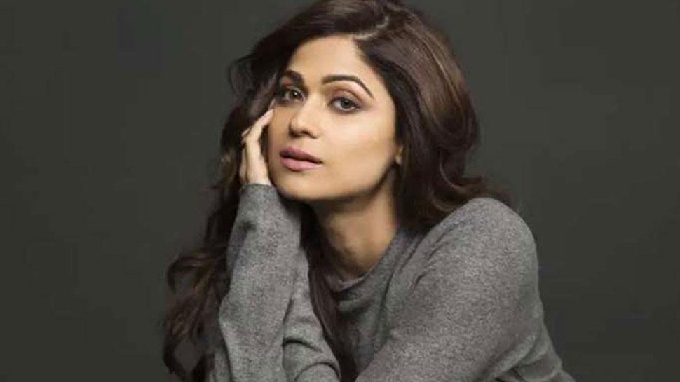बॉलीवुड की इस अभिनेत्री ने ओल्ड एज पेंशन बढ़ाने की मांग, कहा...