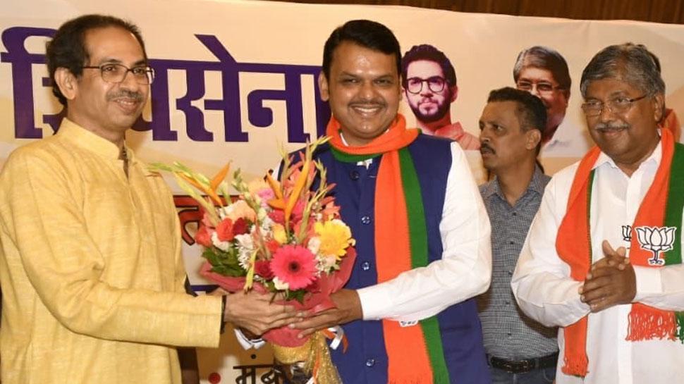 महाराष्ट्र विधानसभा चुनाव 2019: सत्ता के लिए शिवसेना का बीजेपी के सामने सरेंडर