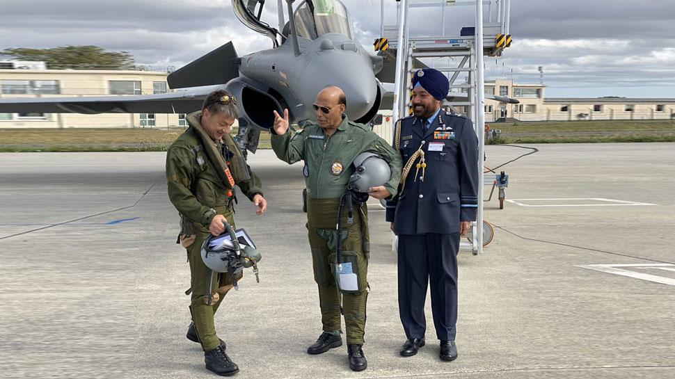 VIDEO: राफेल में उड़ान के दौरान राजनाथ सिंह का अनुभव कैसा रहा, जानें उनके कहे एक-एक शब्द