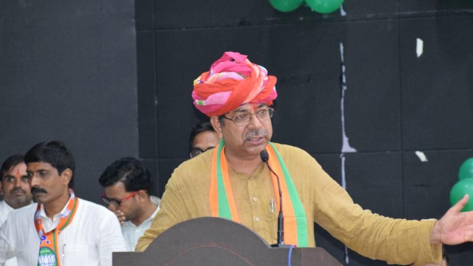 राजस्थान: फसल खराबी को लेकर राज्यपाल को BJP प्रतिनिधिमंडल ने सौंपा ज्ञापन