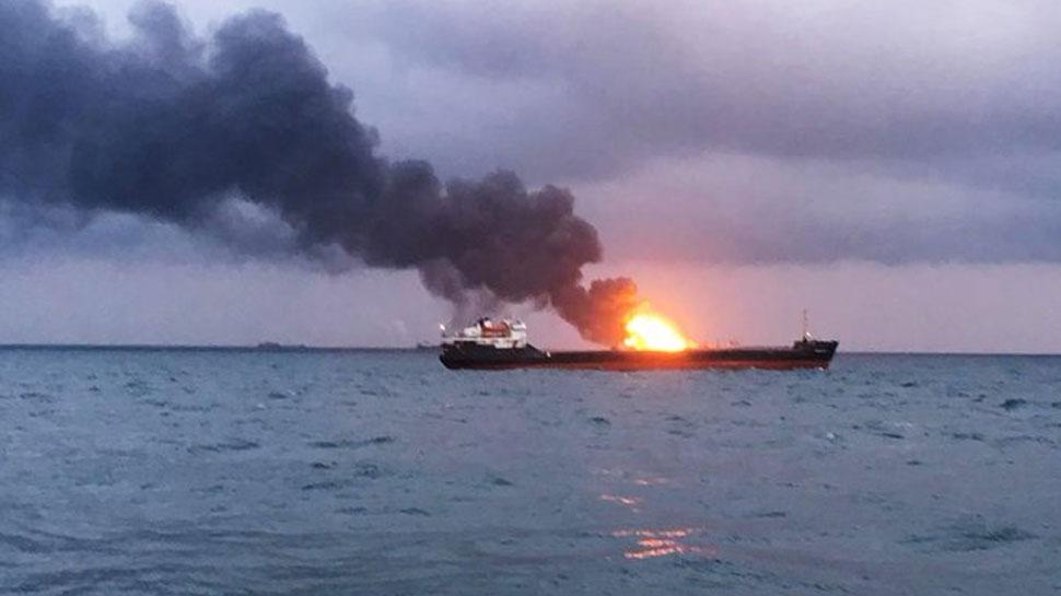 सऊदी के जेद्दा बंदरगाह के पास ईरानी तेल टैंकर में विस्फोट, आतंकी हमले की आशंका