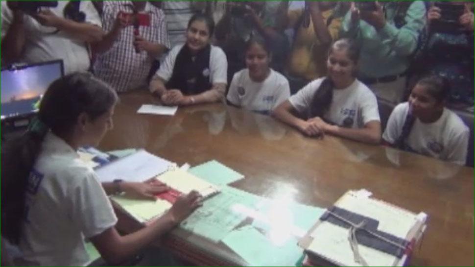 लड़कियों को जयपुर जिले की 1 दिन के लिए मिली कमान, सरकारी स्कूल को लेकर जारी किए आदेश