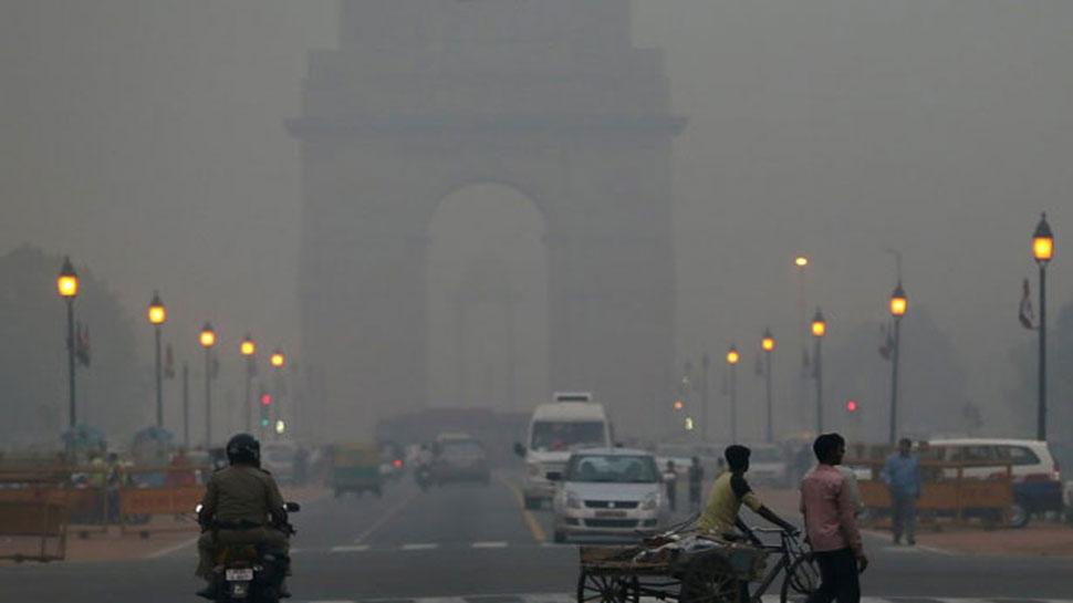 दिल्ली में दीपावली से पहले हवा की गुणवत्ता 'बेहद खराब', नोएडा में भी बढ़ा प्रदूषण