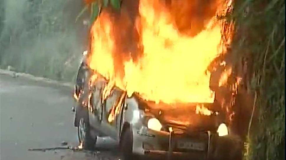 दरभंगा: चलती कार में लगी भीषण आग, किसी तरह लोगों ने बचाई जान