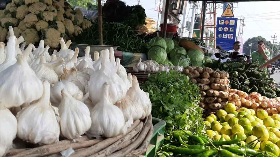 उत्तराखंड: बिगड़ा थाली का जायका, सब्जियों से भी महंगा पड़ रहा है 'तड़का'