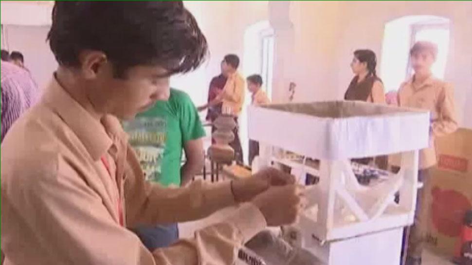 बीकानेर के छात्रों ने किया कमाल, कृषि सुधार के लिए वैज्ञानिक मॉडल किए तैयार