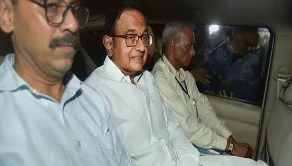 प्रवर्तन निदेशालय ने किया पूर्व वित्त मंत्री पी. चिदंबरम को गिरफ्तार