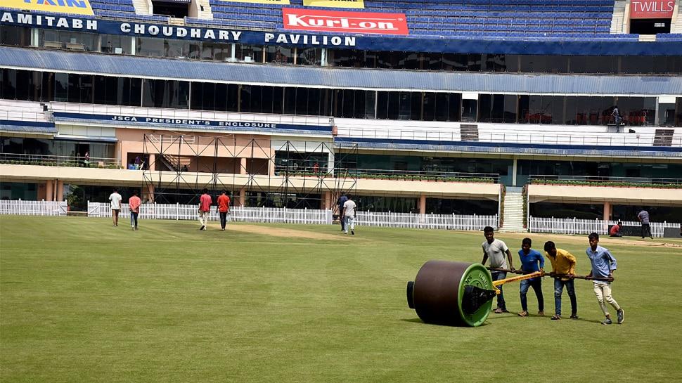 INDvsSA: सीरीज के आखिरी टेस्ट मैच के लिए तैयार है रांची का JSCA, समर्थकों में उत्साह