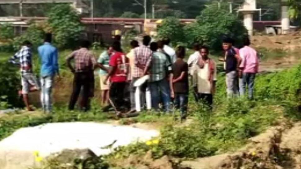 जामताड़ा: तालाब में शव मिलने से मची सनसनी, जांच में जुटी पुलिस