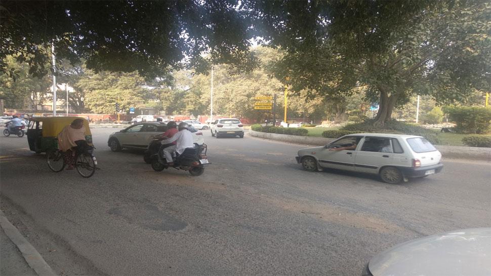 चंडीगढ़ पीजीआई तक का सफर खतरे से खाली नहीं, अस्पताल में बच गए तो सड़क ले सकती है जान