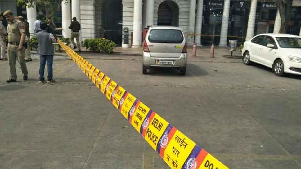 दिल्ली के कनॉट प्लेस में बदमाशों और पुलिस में मुठभेड़, 2 को लगी गोली, 3 गिरफ्तार