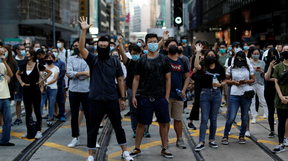 हांगकांग ने आखिरकार आधिकारिक रूप से वापस लिया विवादित प्रत्यर्पण विधेयक