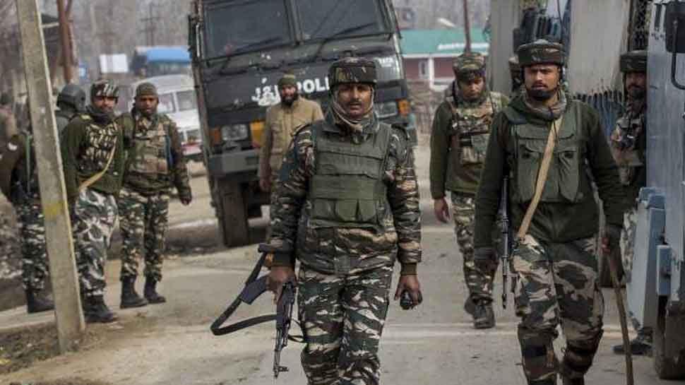 जम्मू-कश्मीर: श्रीनगर में CRPF टीम पर ग्रेनेड हमला, 6 जवान घायल; सर्च ऑपरेशन जारी