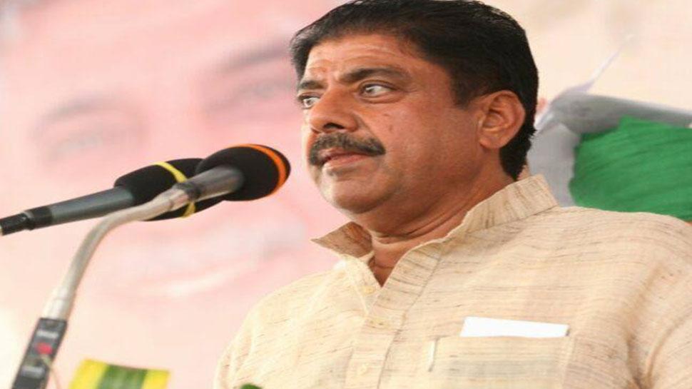 अजय चौटाला बोले, 'हम कांग्रेस के पास खड़े नहीं हो सकते, हाथ मिलाना तो दूर की बात'