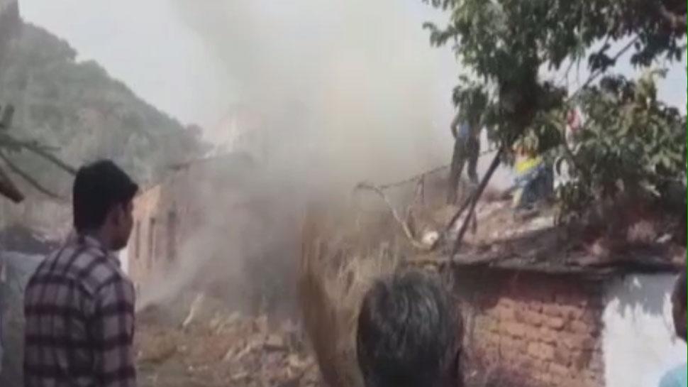 बारां:पटाखों से निकली चिंगारी से मकान में लगी आग