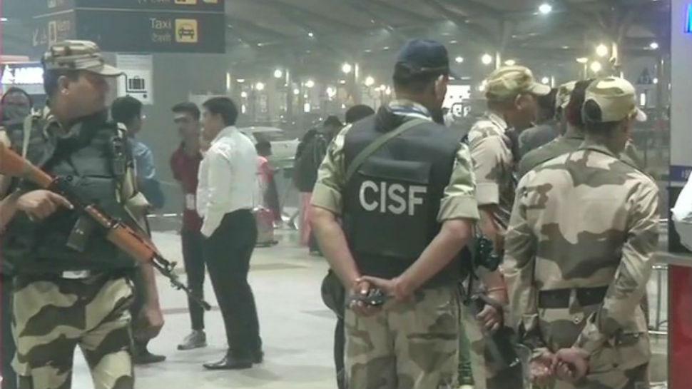 दिल्ली- IGI एयरपोर्ट के टर्मिनल 3 पर संदिग्ध बैग में RDX मिला, सुरक्षा बढ़ाई गई