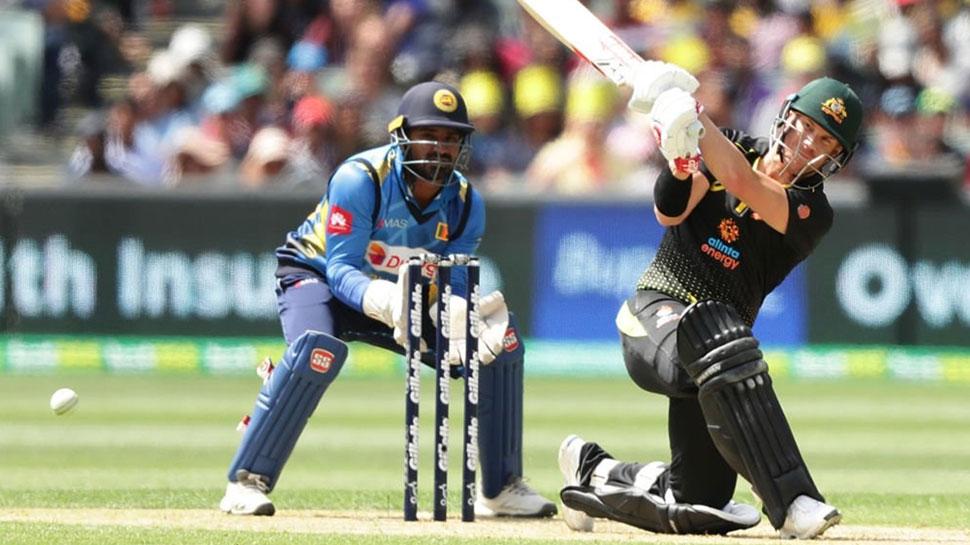 VIDEO: देखें, कैसे गेंद ने वार्नर को दिया चकमा, पर उनकी किस्मत को न दे सकी धोखा