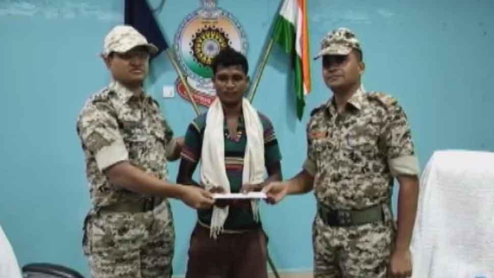 दंतेवाड़ा: 26 जवानों की हत्या करने वाले खूंखार नक्सली ने किया आत्मसमर्पण