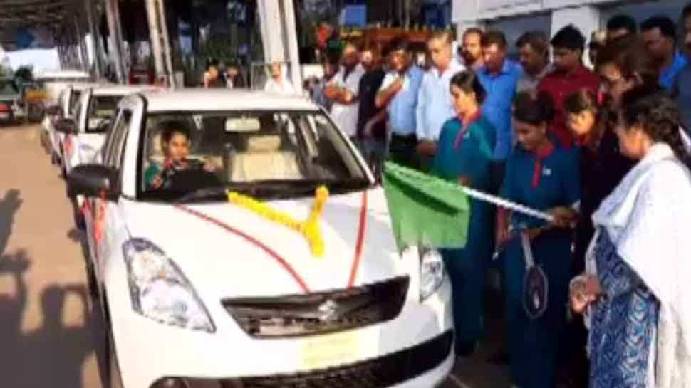 इंदौर एयरपोर्ट पर अब महिला यात्रियों को मिलेगी 'सखा कैब', महिलाएं ही होंगी ड्राइवर