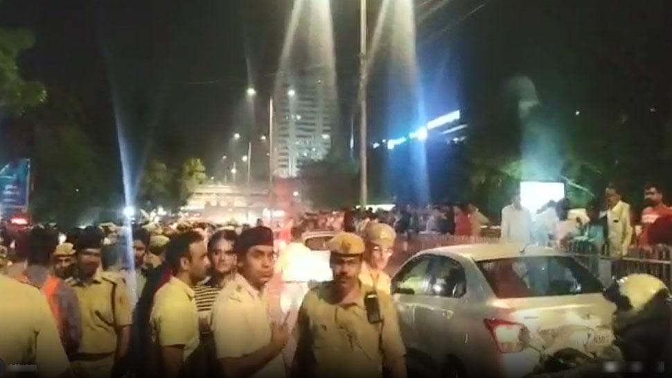 10 घंटे बाद पुलिसकर्मियों ने खत्म किया धरना, ITO से प्रीत विहार जाने वाली सड़क को खोला गया