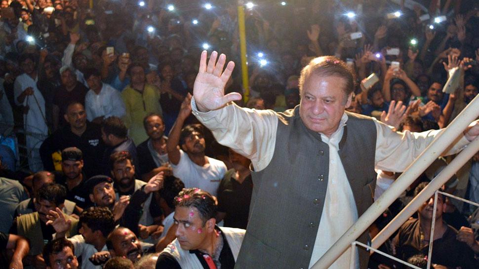 पाकिस्तान : पूर्व PM नवाज़ शरीफ को मिली अस्पताल से छुट्टी, अब घर पर होगा इलाज़