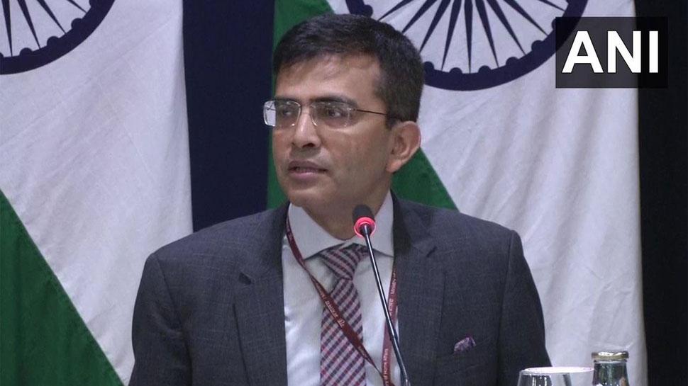 'पाकिस्तान के साथ फिलहाल बातचीत का सवाल नहीं, करतारपुर कॉरिडोर उद्घाटन धार्मिक गतिविधि'