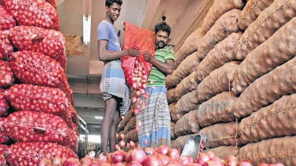 सुनो, महंगी कीमत को लेकर मत हो परेशान! भारत के 'खास दोस्तों' ने भेजा हजारों टन प्याज