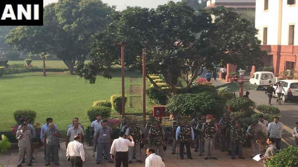 500 policemen of Delhi Police deployed
