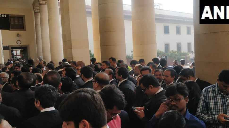 Hordes of lawyers engaged in Supreme Court