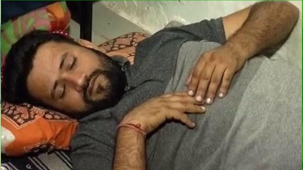 जयपुर: 15 सूत्रीय मांगों को लेकर अनशन पर बैठे उपेन की तबीयत बिगड़ी, ICU में भर्ती