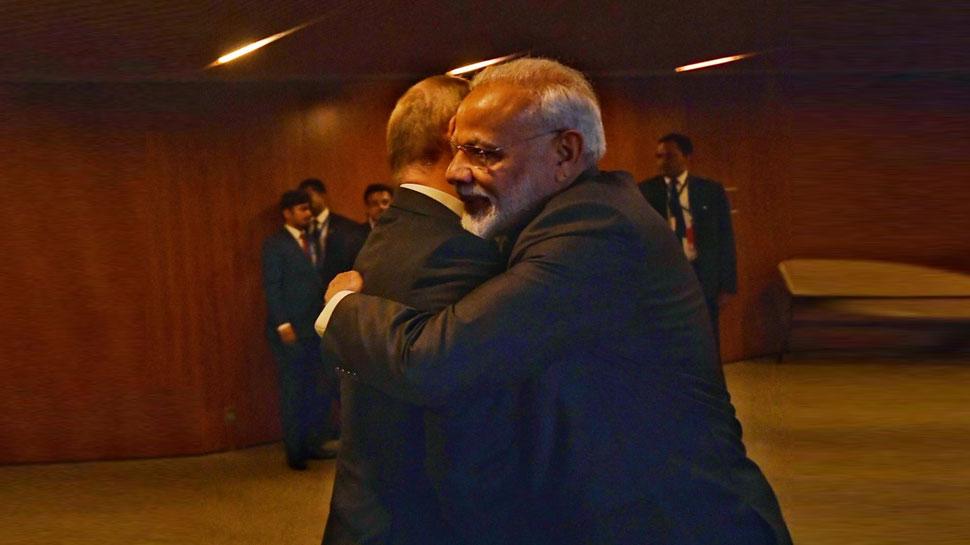 BRICS सम्मेलन: व्लादिमीर पुतिन से मिले PM मोदी, शी जिनपिंग से भी करेंगे भेंट