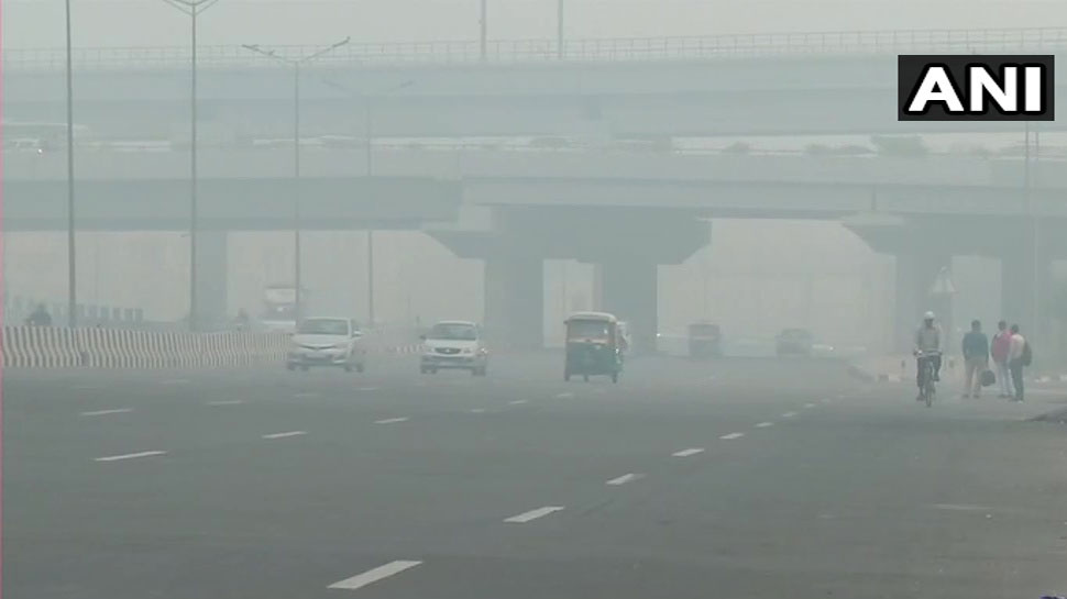 Delhi Thick layer of smog blankets several areas in the national capital