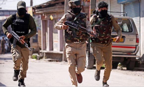 बारामुला में पकड़े गए पांच संदिग्ध, धमकी भरे पोस्टर बरामद