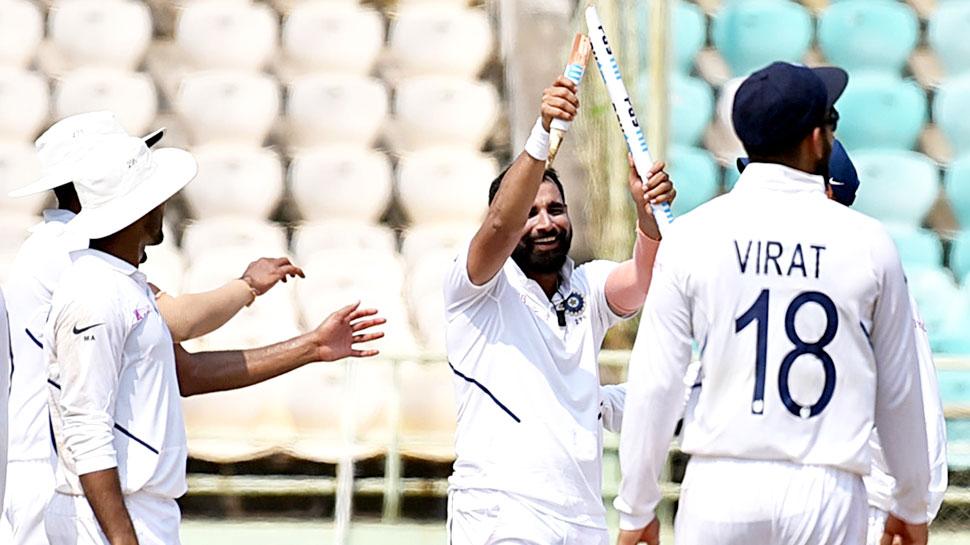 INDvsBAN: मोहम्मद शमी से साथी गेंदबाज ने पूछा- हमें भी बता दो कि आजकल क्या खा रहे हो