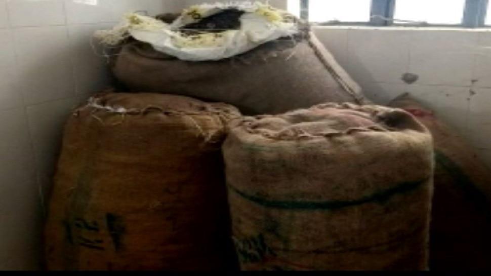 मोतिहारी: कस्टम विभाग की बड़ी कार्रवाई, छापेमारी कर बरामद किए भारी मात्रा में नशीले पदार्थ