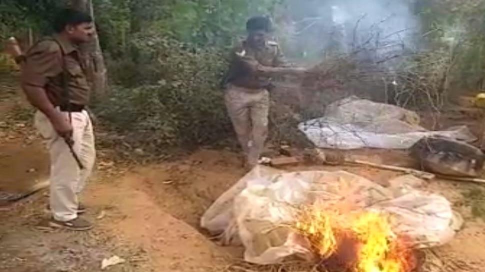 सासाराम: पुलिस ने देसी शराब का किया भंडाफोड़, भट्टी को पूरी तरह से किया नष्ट