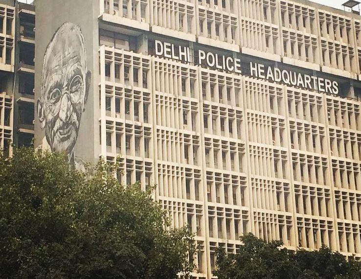 दिल्ली पुलिस का ''स्वच्छता अभियान'', भ्रष्ट पुलिसकर्मियों  को दी सेवानिवृत्ति