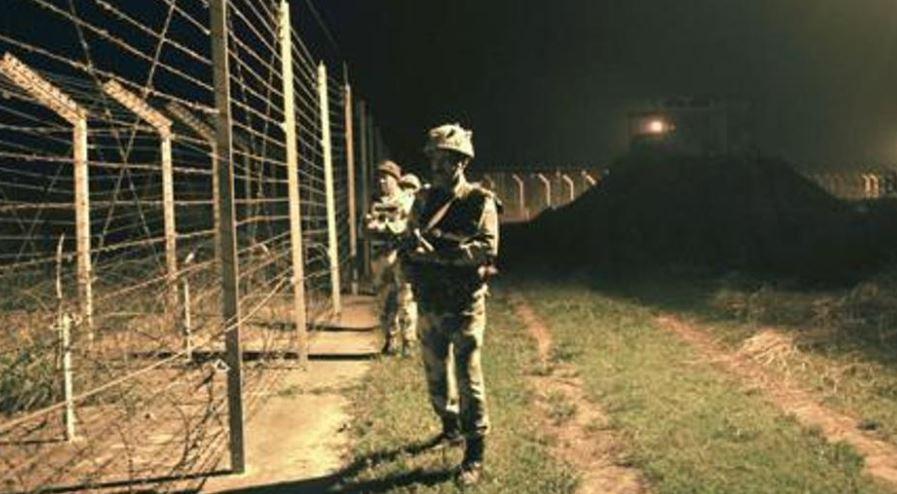 पाक में दो भारतीय गिरफ्तार, भारत ने जल्द वापसी के लिए कहा