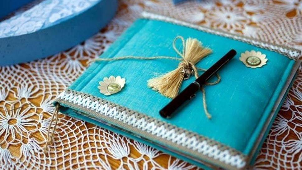 मुस्लिम परिवार ने शादी के कार्ड पर छपवाई ब्रह्मा, विष्णु, शिव, हनुमान और नारद मुनि की तस्वीर!