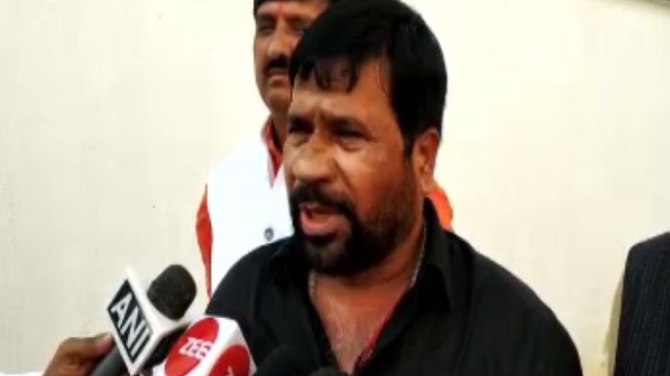 BJP एमएलसी ने RIMS में की लालू यादव से मुलाकात, बेलहर विधायक भी मिले