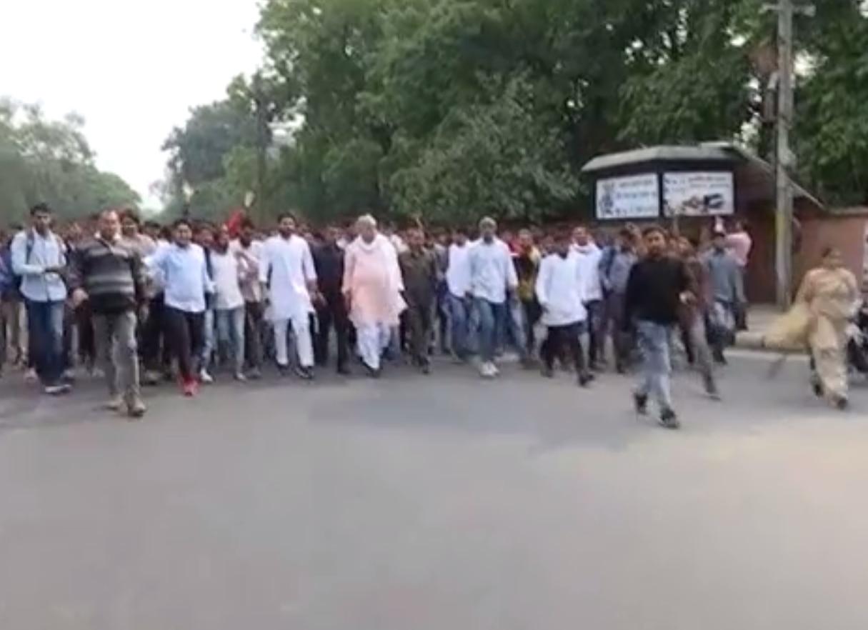 जयपुर की सड़कों पर किरोड़ी लाल मीणा के साथ हजारों बेरोजगारों ने क्यों मार्च किया ?