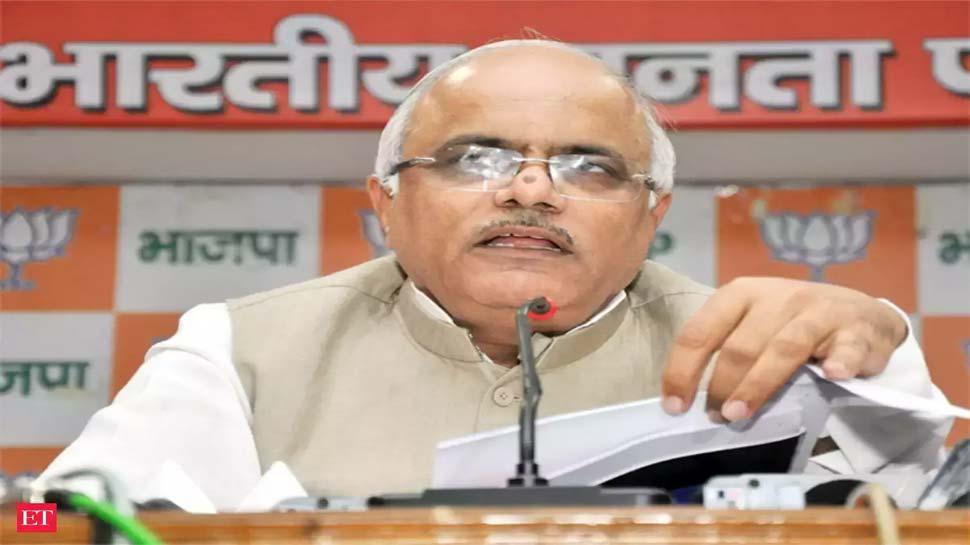 BJP उपाध्यक्ष विनय सहस्रबुद्धे बोले- महाराष्ट्र में बीजेपी की सरकार, फ्लोर टेस्ट के लिए भी तैयार