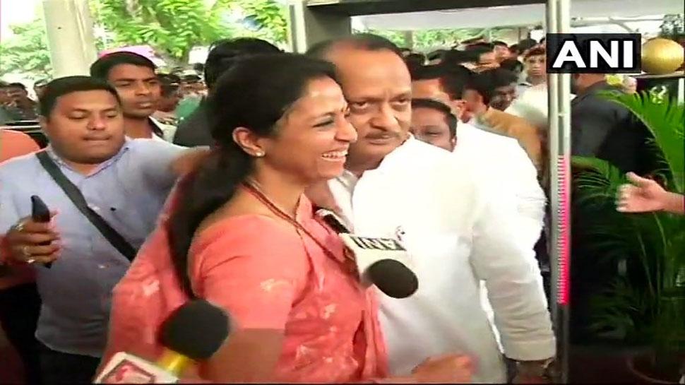 महाराष्ट्र : शपथ ग्रहण कार्यक्रम में पहुंचे अजित मुस्कुरा दिए और 'दीदी' सुप्रिया ने उन्हें गले लगा लिया