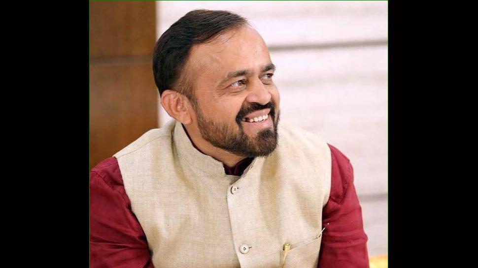 महाराष्ट्र राजनीति को लेकर संयम लोढा का BJP पर हमला, बोले- उड़ाई संविधान की धज्जियां